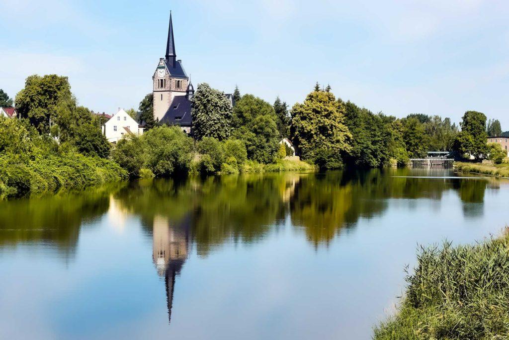 Sachsen   Leisnig   Freiberger Mulde und Kirche