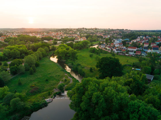 Wohnen im Grünen in der Region Döbeln - Drohnenaufnahme